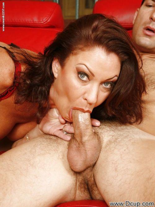 Busty mature slut Vanessa Videl gives a blowjob and gets banged hardcore