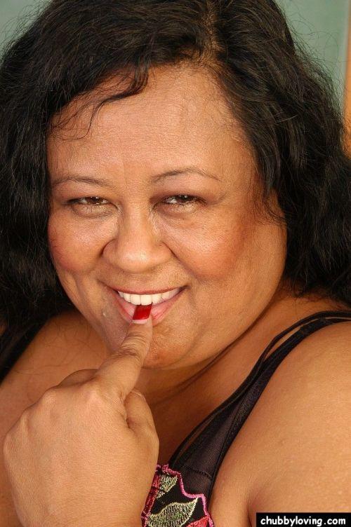 SSBBW teacher Debrina letting her massive saggy tits loose in classroom